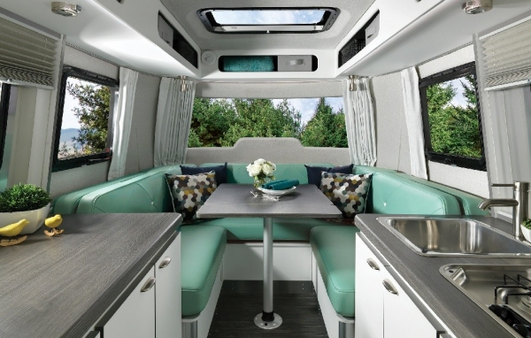 The New Nest by Airstream|清风房车